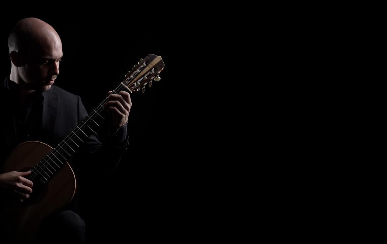 alberto_mesirca_guitar_home